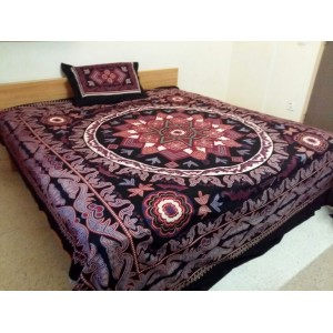 Sindhi Black Color Mirror Embriodered Handmade Soft Cotton King Sized Block Printed Floral Ajrak Bedsheet With 2 Pillow Covers By Abi's Collection ADC-13