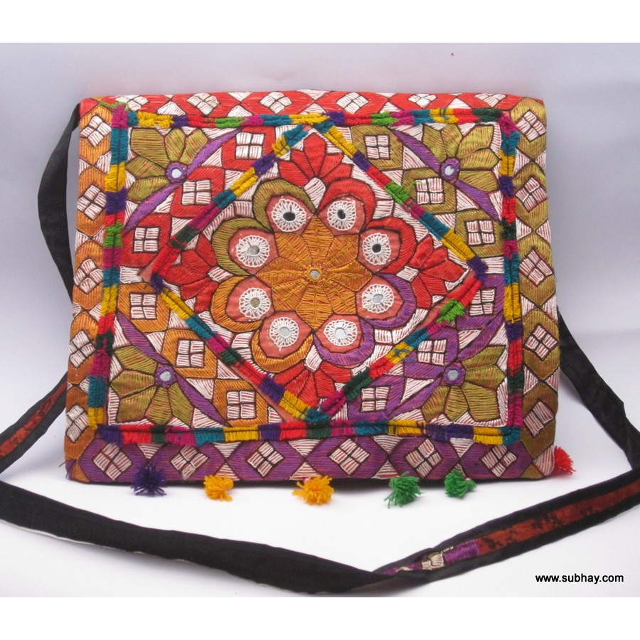 61a0890540 Buy Handmade Shoulder Bag with Traditional Sindhi Dastkari - HM 02 - Online  in Pakistan